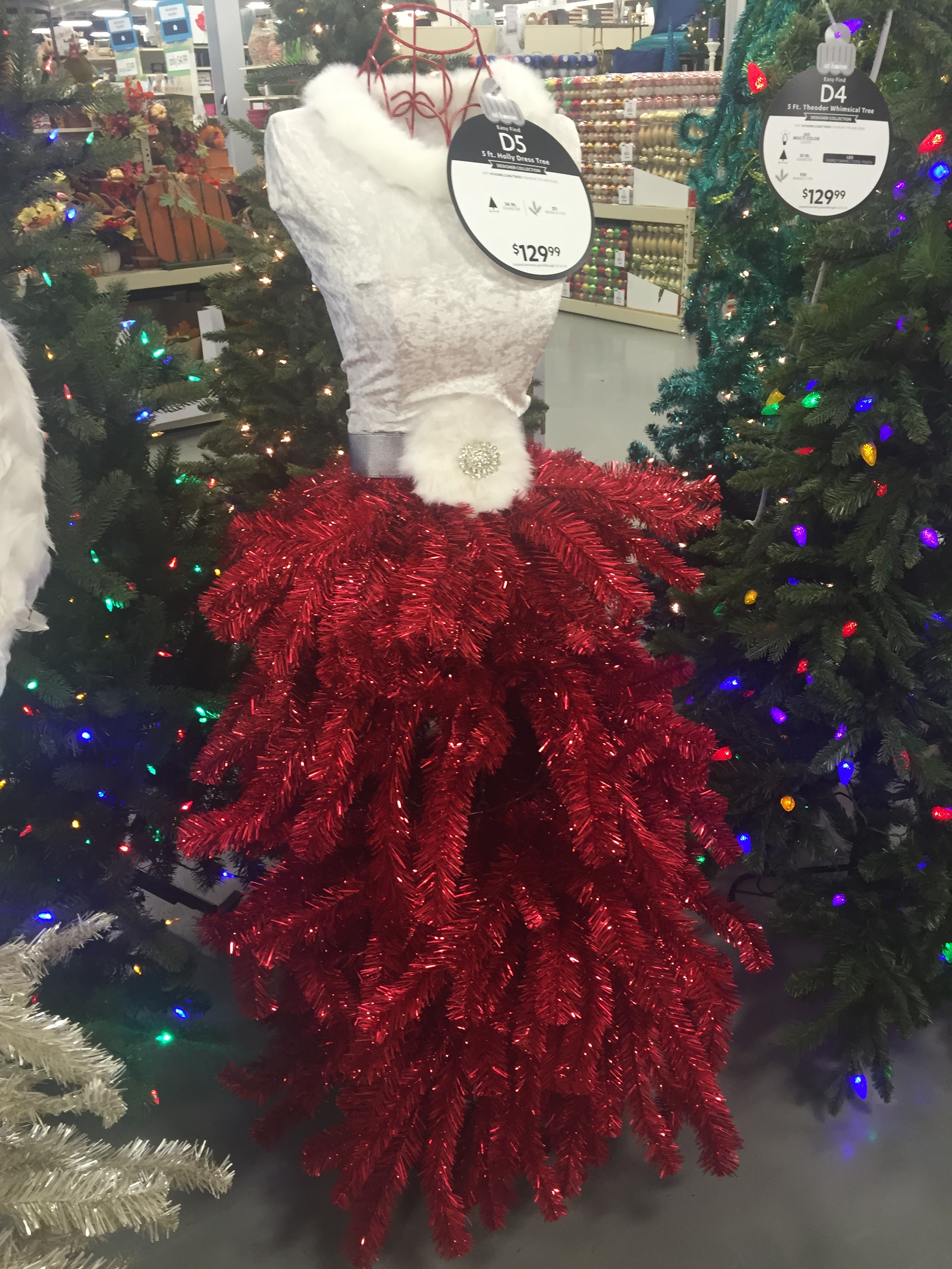Christmas Tree Mannequin Dress.Kentucky The Off Key Of Life